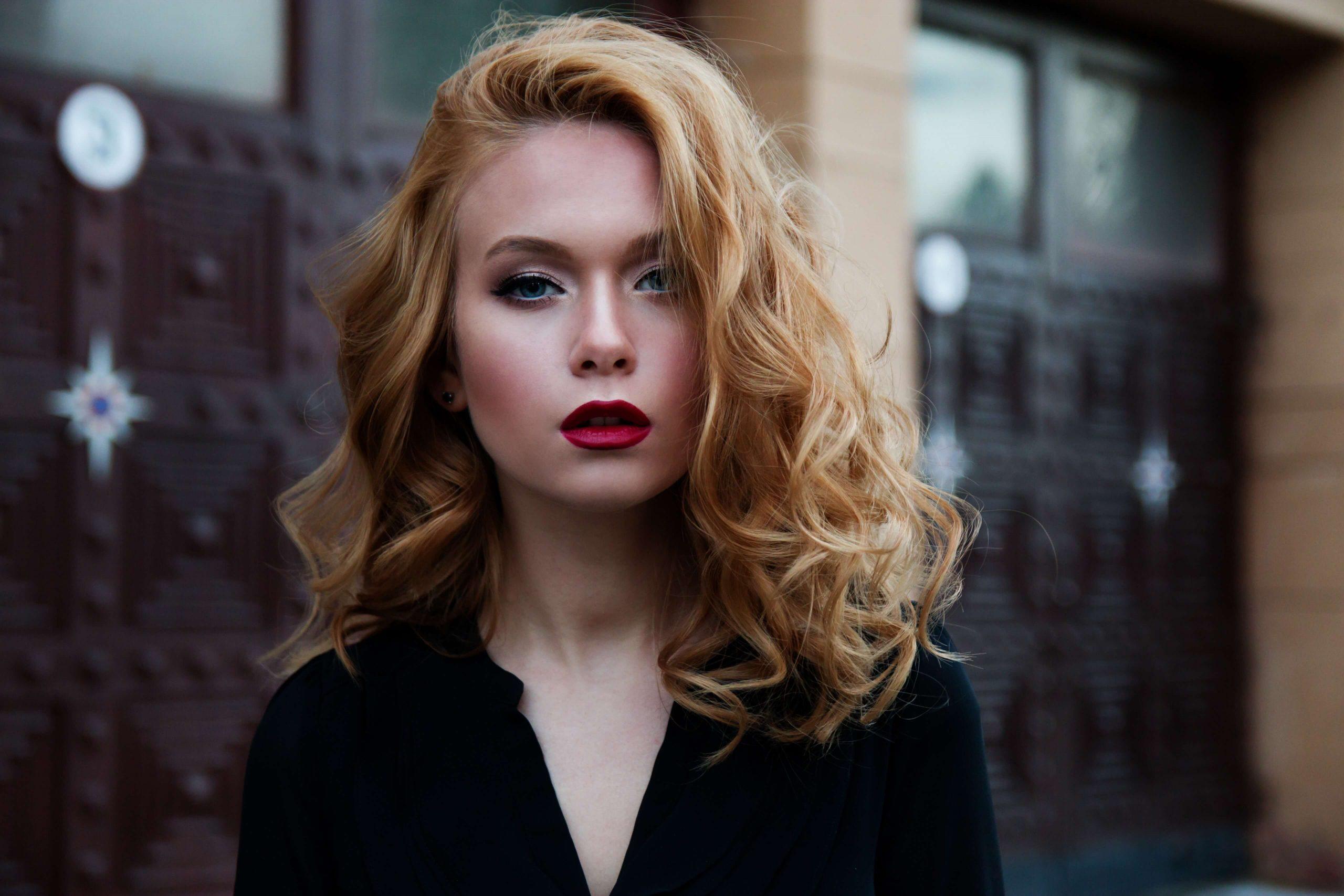 blonde-modern-hair-style